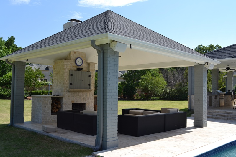 What are the Benefits of an Outdoor Patio?