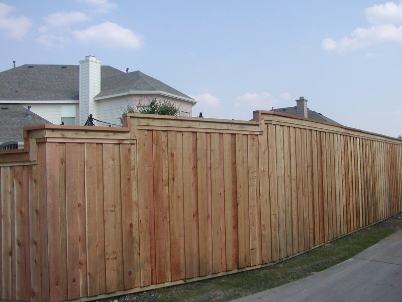 Good Fences make great neighbors call Scott Design & Construction